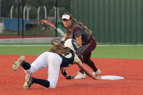 Junior second baseman Tommi Ann Goodman turns to tag a Keller runner in game 3 on Saturday in Argyle. The Farmers won 10-3 to return to the state tournament.