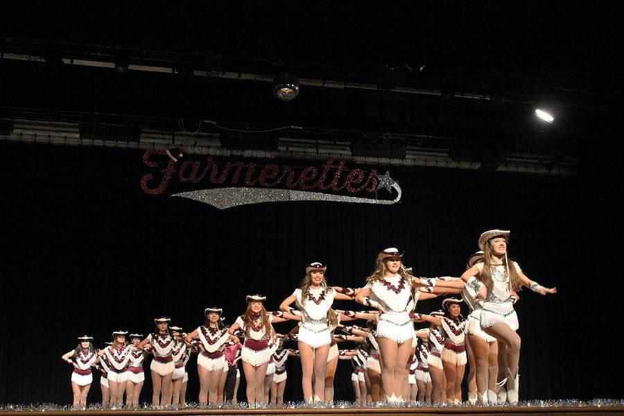 The Farmerettes close the show with their high-kick line up.