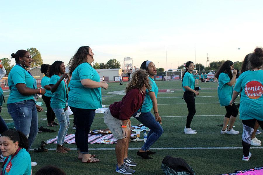 Seniors dance to Cupid Shuffle by Cupid.