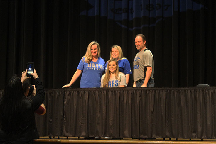 Senior Simone Campise will play golf while attending University of Arkansas - Fort Smith.